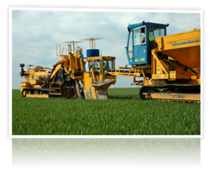 Mastenbroek Launches GPS for Drainage Trenchers